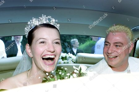 CORONATION STREET ACTOR IAN MERCER AND SUSAN FENWICK AT THEIR WEDDING