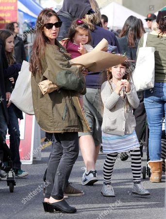 Amanda Anka, children, Francesca Bateman and Maple Bateman