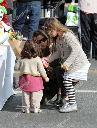 Stock Picture of Amanda Anka, children, Francesca Bateman and Maple Bateman