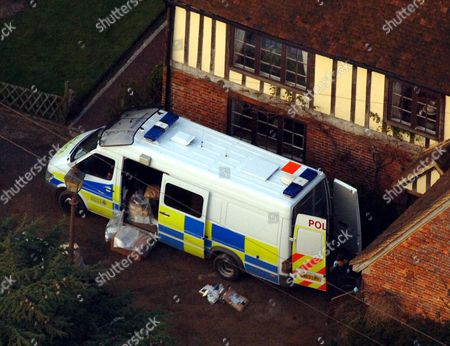 Police Load Boxes From The Main House At The Kent Farm Belonging To Millionaire Crook John Fowler Which They Are Searching In Connection With The 53m Heistthis Was Britain's Biggest Ever Cash Robbery Of More Than Ii53 Million Which Took Place On Wednesday February 22 2006 Following A Raid On The Securitas Cash Depot In Tonbridge Kent 1306