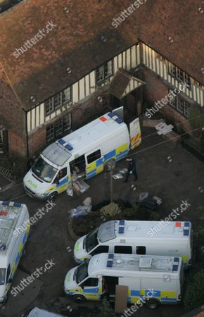 Police Load Boxes From The Main House At The Kent Farm Belonging To Millionaire Crook John Fowler Which They Are Searching In Connection With The 53m Heist. This Was Britain's Biggest Ever Cash Robbery Of More Than Ii53 Million Which Took Place On Wednesday February 22 2006 Following A Raid On The Securitas Cash Depot In Tonbridge Kent.