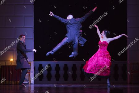 Sam Archer as The Prince, Jonathan Ollivier as The Wan and Madelaine Brennan as The Queen