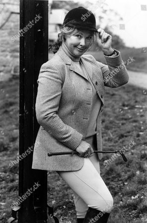 Actress Wanda Ventham In New Series 'union Castle'.