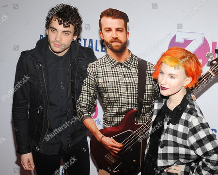 Paramore - Hayley Williams, Taylor York with a Jeremy Davis cardboard cut-out