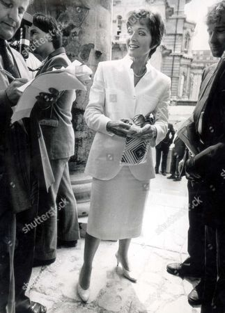 Editorial picture of Television Newscaster Anna Ford At All Souls Church Langham Place London. At A Memorial Service For Itn Newsreader Reginald Bosanquet Who Died At The Age Of 51.