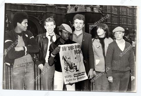 Demonstration 1982 - Members Of The Youth Opportunities Programme Demonstrate At The Commons: L To R: Peter Gayle (london) Willie Griffin (glasgow) Mark Spence (birmingham) Laurence Coats (leicester) Maureen Mclaughlin (scotland) Shareen Blackall (liverpool).