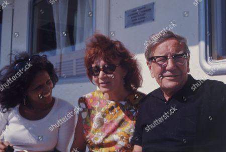 British Spy Kim Philby (died 11/5/1988) In Russia With His 4th Wife Rufina Ivanovna Pukhova (nina Philby) And Nishia Philby Wife Of John Philby.