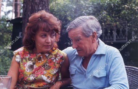 British Spy Kim Philby (died 11/5/1988) In Russia With His 4th Wife Rufina Ivanovna Pukhova (nina Philby).