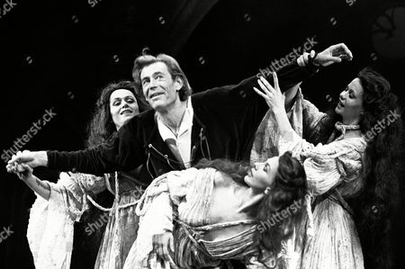 Editorial image of 'Macbeth' play by Shakespeare at Old Vic Theatre, London, Britain - 03 Sep 1980