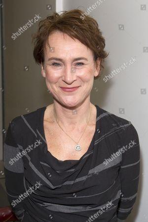 Helen Schlesinger (Sicinia)