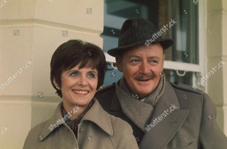 ISOBEL DEAN AND ROBERT URQUHART : ''THE AWFUL MR GOODALL '' - 1974