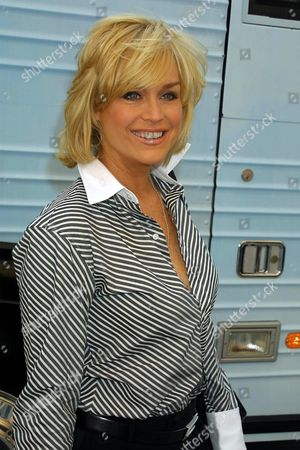 """Catherine Hickland arrives at Sony Music Studios in New York City on September 22, 2001 to participate in recording a new version of Nile Roger's classic song """"We Are Family"""". Part of the proceeds from the record, will support the World Trade Center victims through a donation to the community work of the American Red Cross.  September 22,  2001  Manhattan, New York  Photo® Matt Baron/BEI"""