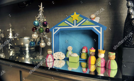 Jessica's Nativity Scene.  20/12/12 For Irish Edition Wag Jessica Lawlor Of Aston Villa Player Stephen Ireland At Home In Prestbury Cheshire. .