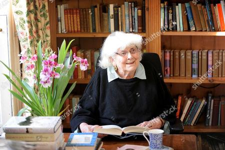 Editorial picture of Elizabeth Jane Howard at her home in Bungay, Suffolk, Britain - 13 Nov 2013
