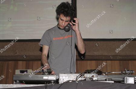 Kiran Hebden, Four Tet, DJing. Cargo, London 2002