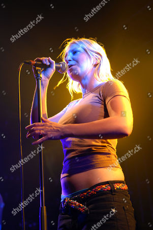Stock Image of Zero 7 live at Liverpools Carling Academy, June 5th, 2006