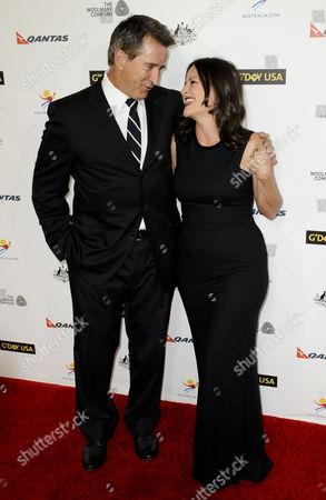 Anthony LaPaglia and wife Gia Carides