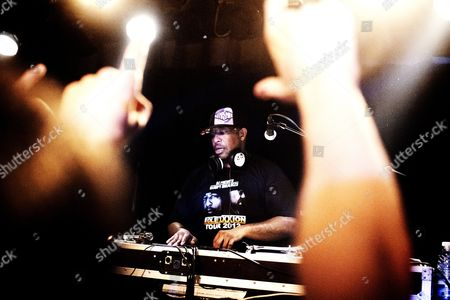 The American dj and music producer Christopher Edward Martin is better known by his stage name DJ Premier or Premo and is her making a dj-show at Rust in Copenhagen. Denmark 2012