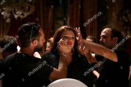 Serena Grandi during make up