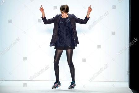 Anne Gorke on the catwalk