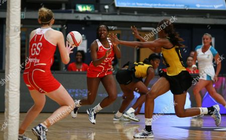 Kadeen Corbin of England Netball passes the ball