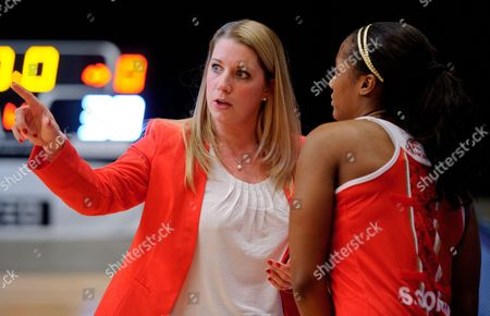England Netball head Coach Anna Mayes talks to Sasha Corbin at the end of the game