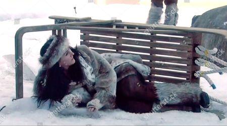 Liz Jones falling off her toboggan - Mush!