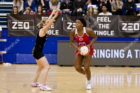Eboni Beckford - Chambers of England Netball and Camille Lees of New Zealand