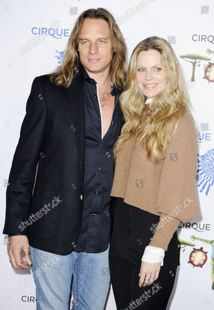 Stock Photo of Abri van Straten and Kristin Bauer