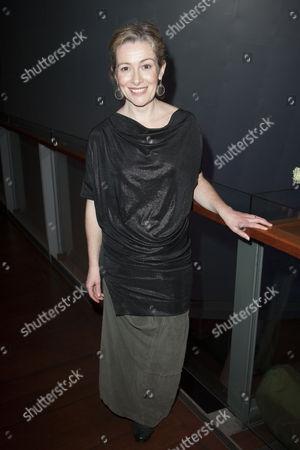 Emma Fielding (Gwen)