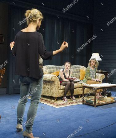 Emilia Fox as Catherine, Shannon Tarbet as Avery, Emma Fielding as Gwen