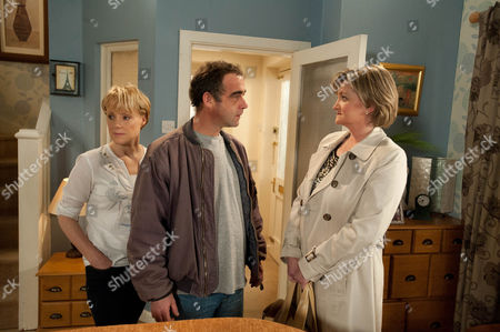 Coronation Street - Ep 7854 Friday 27th April 2012 at 8.30pm A desperate man Kevin Webster [MICHAEL LE VELL] calls Pam Hobsworth [KATE ANTHONY] round, asking her to take Jack for him, for good. Pam's aghast as Kevin insists he'd visit all the time but he can't have a future with Sally while Jack lives with him. Kevin's broken as he pleads with her to agree. Disgusted will Pam accept and how will Sally react when she discovers the lengths Kevin is prepared to go to for her?