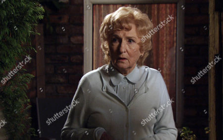 Coronation Street - Ep 7982 Friday 26 October 2012 at 7.30pm Emily Bishop [EILEEN DERBYSHIRE] spies Gloria Price [SUE JOHNSTON] heading off with Lewis Archer [NIGEL HAVERS] to the dogs and later susses that Audrey hasn't a clue about it.