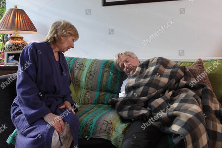 Coronation Street - Ep 7986 Wednesday 30 October 2012 at 7.30pm Ken Barlow [WILLIAM ROACHE] is horrified to discover he's spent the night at Wendy Papadopoulus [ROBERTA KERR]. She's amused but how will Deirdre react, will Ken come clean about whereabouts?