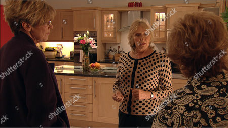 Stock Photo of Coronation Street - Ep 7989 Monday 5 November 2012 at 7.30pm Despite Tracy's jibes it's clear that Deirdre Barlow [ANNE KIRKBRIDE] is starting to believe Ken's version of events. Egged on by Rita Tanner [BARBARA KNOX], Deirdre decides to confront Wendy Papadopoulus [ROBERTA KERR] head on about her accusation. Will she be able to persuade Wendy to admit she lied about Ken?