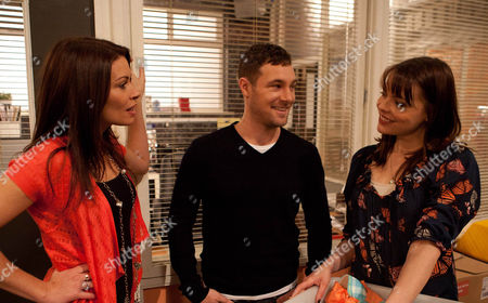 Coronation Street - Ep 8052 Friday 1 February 2013 Tracy McDonald [KATE FORD] turns up to start work in the factory but Carla Connor [ALISON KING] is quick to override Rob Donovan's [MARC BAYLIS] decision and sends her packing. Will Rob be able to persuade Carla to interview Tracy?