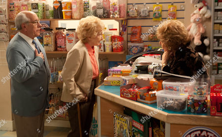 Coronation Street - Ep 8161 Wednesday 3 July 2013 Emily Bishop [EILEEN DERBYSHIRE] has a shock proposition for Norris Cole [MALCOLM HEBDEN]. Picture contact: david.crookatitv.com on 0161 952 6214