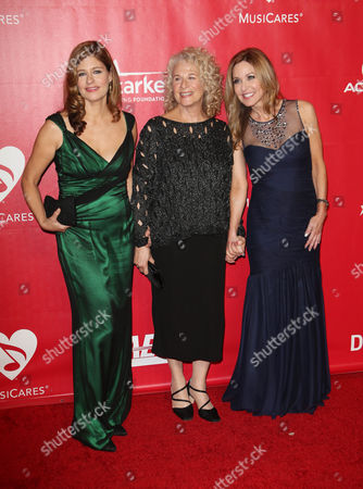 Stock Picture of Carole King and daughters Louise Goffin, Sherry Goffin Kondor
