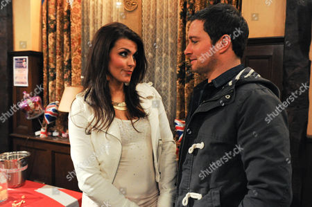 Emmerdale - Ep 6255 Monday 4 June 2012 at 7pm Alicia arranges to meet Justin Gallagher [ANDREW LANGTREE] in the Woolpack at the Jubilee party. She is disappointed when he arrives with Talia [CAROLYNNE GOOD].