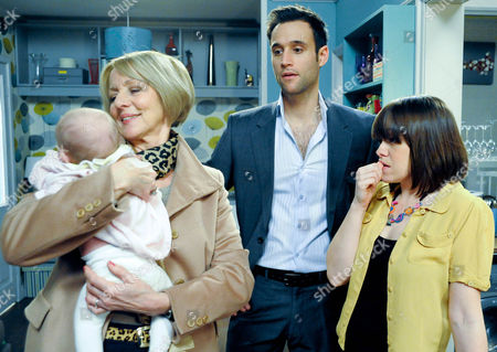 Emmerdale - Ep 6445 Wednesday 9 January 2013 Gennie Walker [SIAN REESE-WILLIAMS] finally leaves for Germany after having last minute doubts about leaving Molly with Georgia Sharma [TRUDIE GOODWIN] and Nikhil Sharma [RIK MAKAREM].