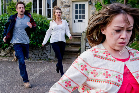 Emmerdale - Ep 6615 Thursday 25 July 2013 - 2nd Ep After hearing more of Cameron Murray's [DOMINIC POWER] confession, he and Debbie Dingle [CHARLEY WEBB] are on their way to break news to Chas until they spot a panicked Gennie Sharma [SIAN REESE-WILLIAMS] leaving DebbieÕs house. Realising she has heard everything they rush after her in a desperate attempt to stop her.