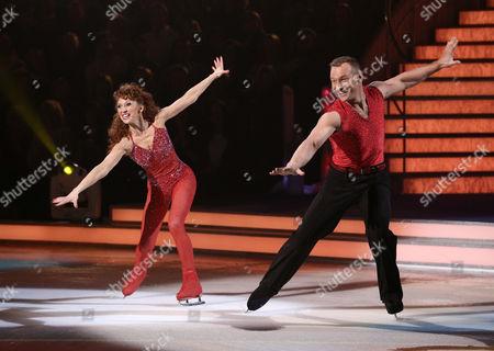 Bonnie Langford and Andrei Lipanov - save me skate