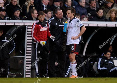 William Kvist Jorgensen talks to Fulham Manager Martin Jol