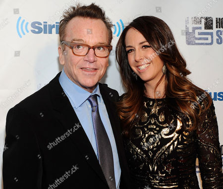 Tom Arnold, Ashley Groussman