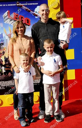 Steve Blake and wife Kristin Blake with children