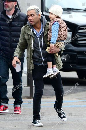 Stock Picture of Tony Kanal and daughter Coco Reese