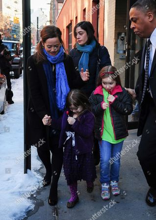 Mimi O'Donnell and children, Tallulah Hoffman, and Willa Hoffman