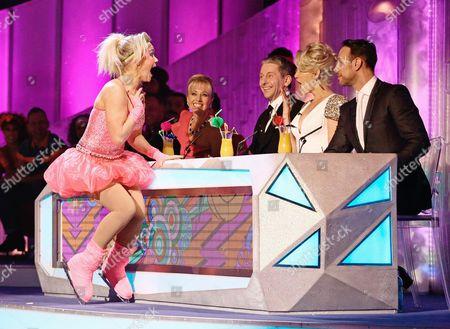 Suzanne Shaw and judges Karen Barber, Nicky Slater, Ashley Roberts and Jason Gardiner