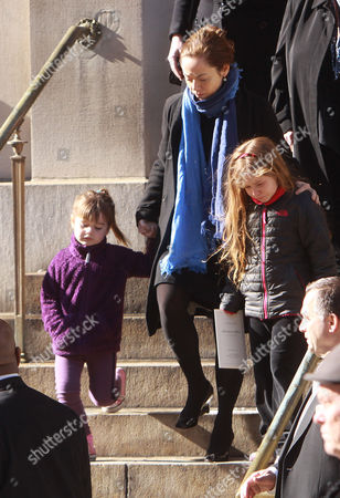 Stock Image of Mimi O'Donnell, Tallulah Hoffman, Cooper Hoffman and Willa Hoffman
