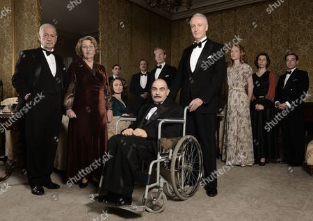 John Standing, Anne Reid, David Suchet and Hugh Fraser with the rest of the cast